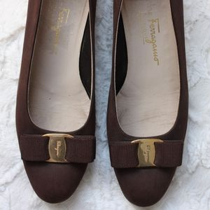 Salvatore Ferragamo Vintage Vara Bow Brown Flats